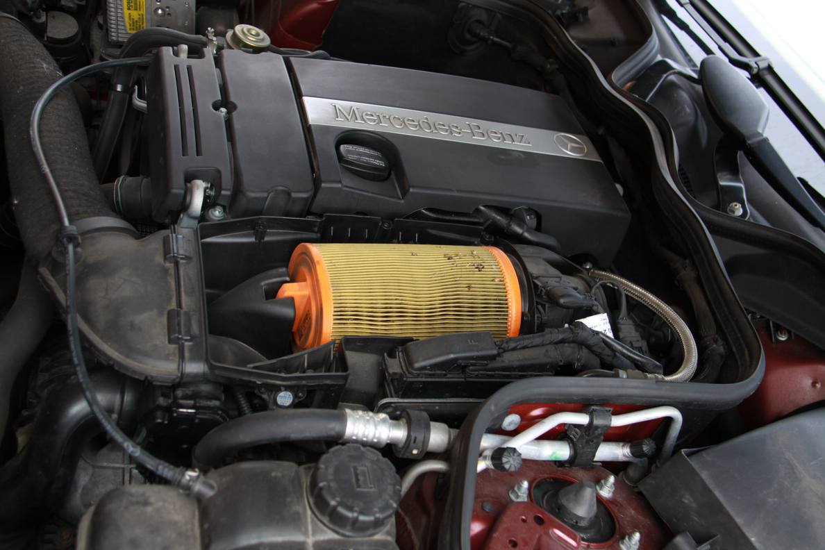 Mercedes benz forum w211 e200 air filter change diy for How much is a mercedes benz oil change